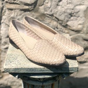 Vintage Trotters woven loafers, size 7.5/8